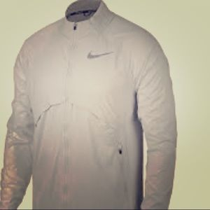 NWT 👨 Men's Nike 🏃 Tech Shield Jacket 🔥😎🔥XXL